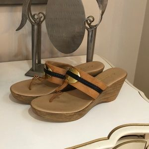 A.Giannetti leather wedge gold detail sandal brown